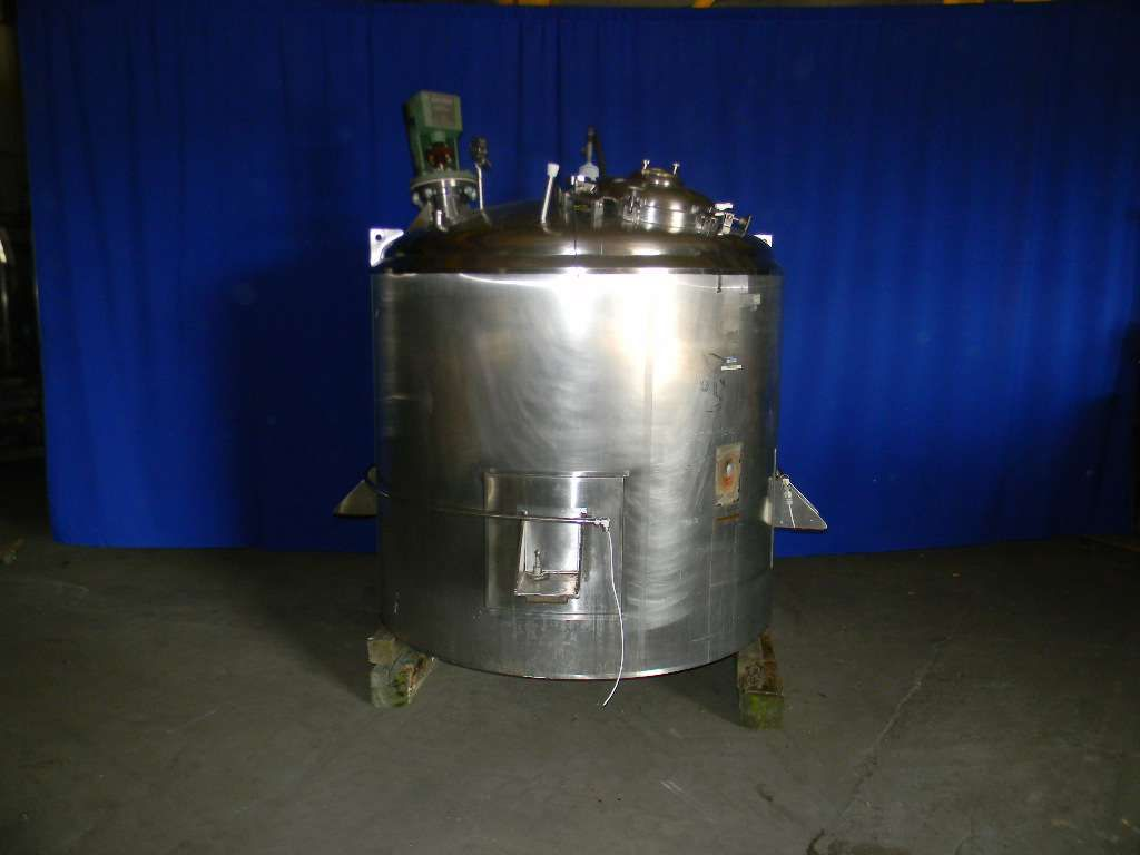 Vertical Jacketed Agitated Tank 700 Gallon