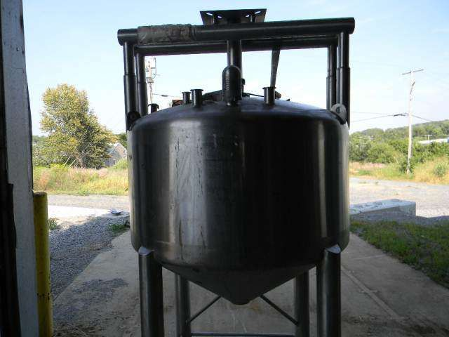 APV Scrape Agitated Vertical Stainless Steel Processor Tank 200 Gallon