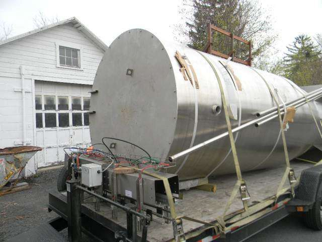Single Wall Vertical Insulated Stainless Steel Tank 4000 Gallon