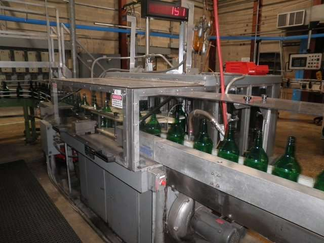 US Bottlers DS16 16 Head Rotary Bottle Rinser