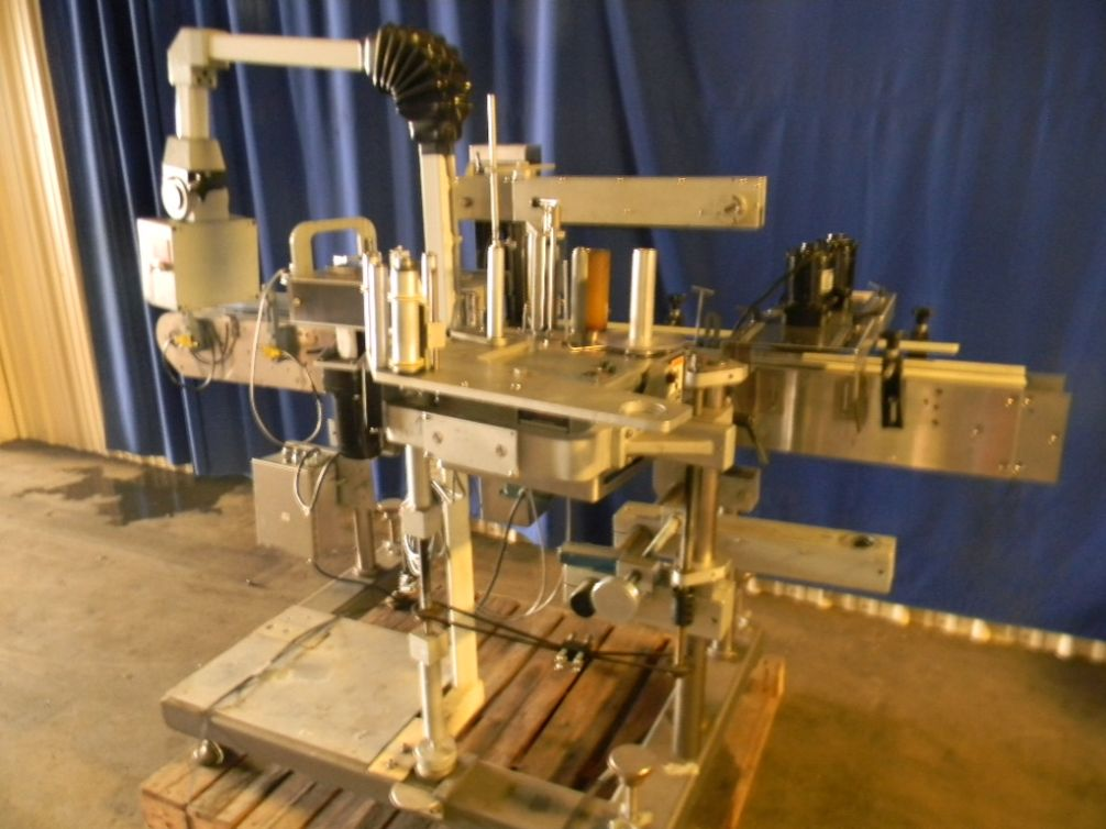 New Jersey Panel and Wrap Pressure Sensitive Labeler