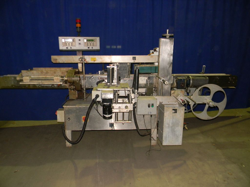 Quadrel Front and Back Wrap Labeler