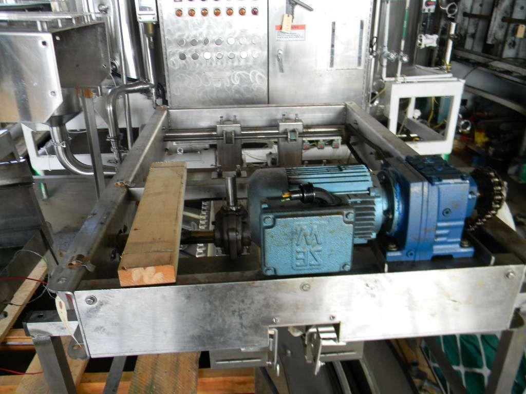Inline Gripper Bottle Transfer Assembly