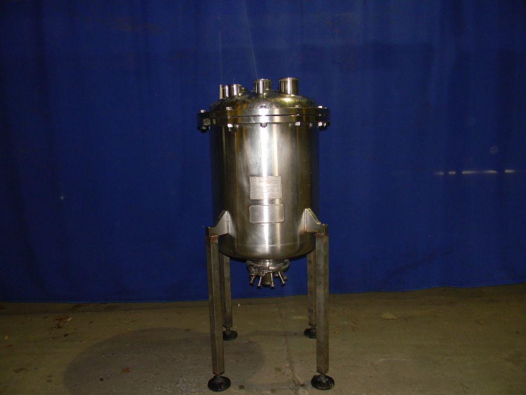 30 Gallon Stainless Pharmaceutical Grade Tank
